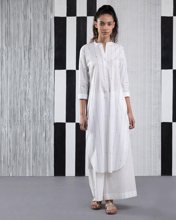 Musafir Long Length Kurta - White
