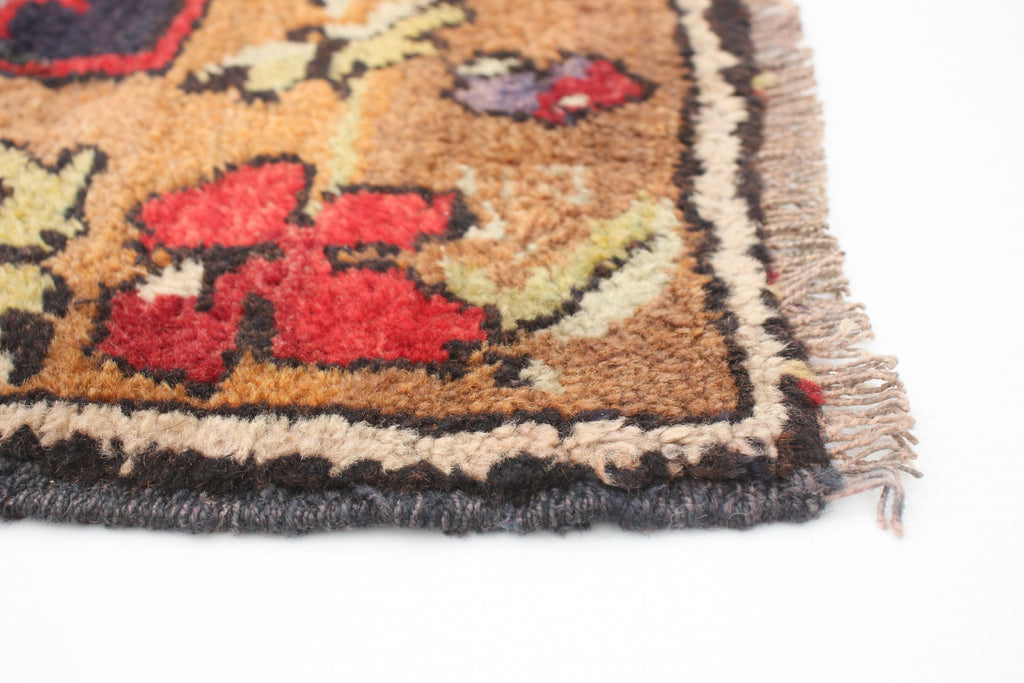 "Vintage Turkish Rug, 4'9"" x 11'4"""
