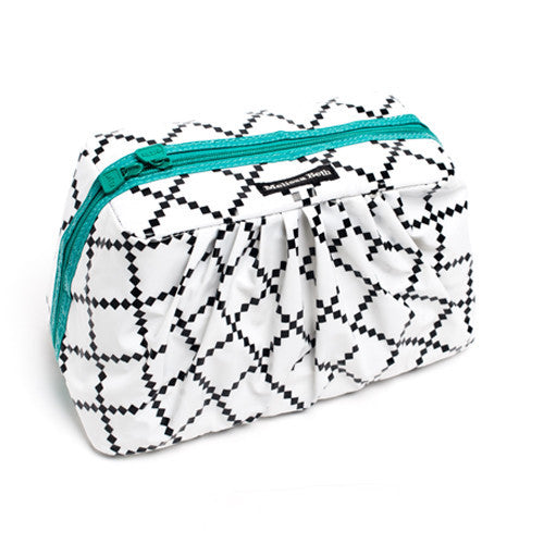 Pretty Pleats Cosmetic Case - Emerald Green