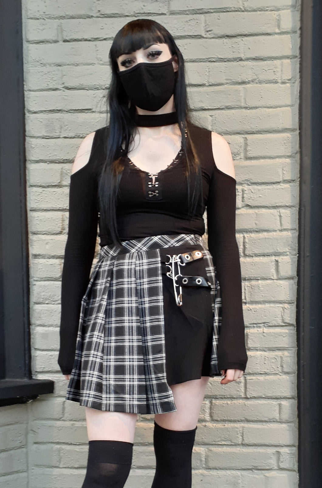 Dark in Love Black Pleated Plaid Punk Mini Skirt