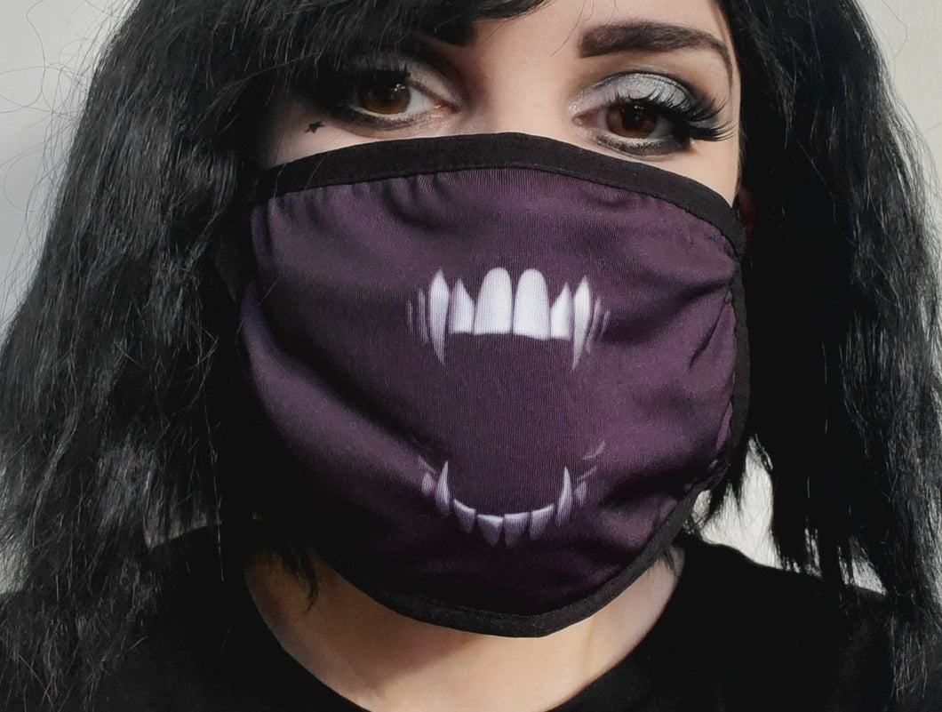 Adjustable Fangs Mask