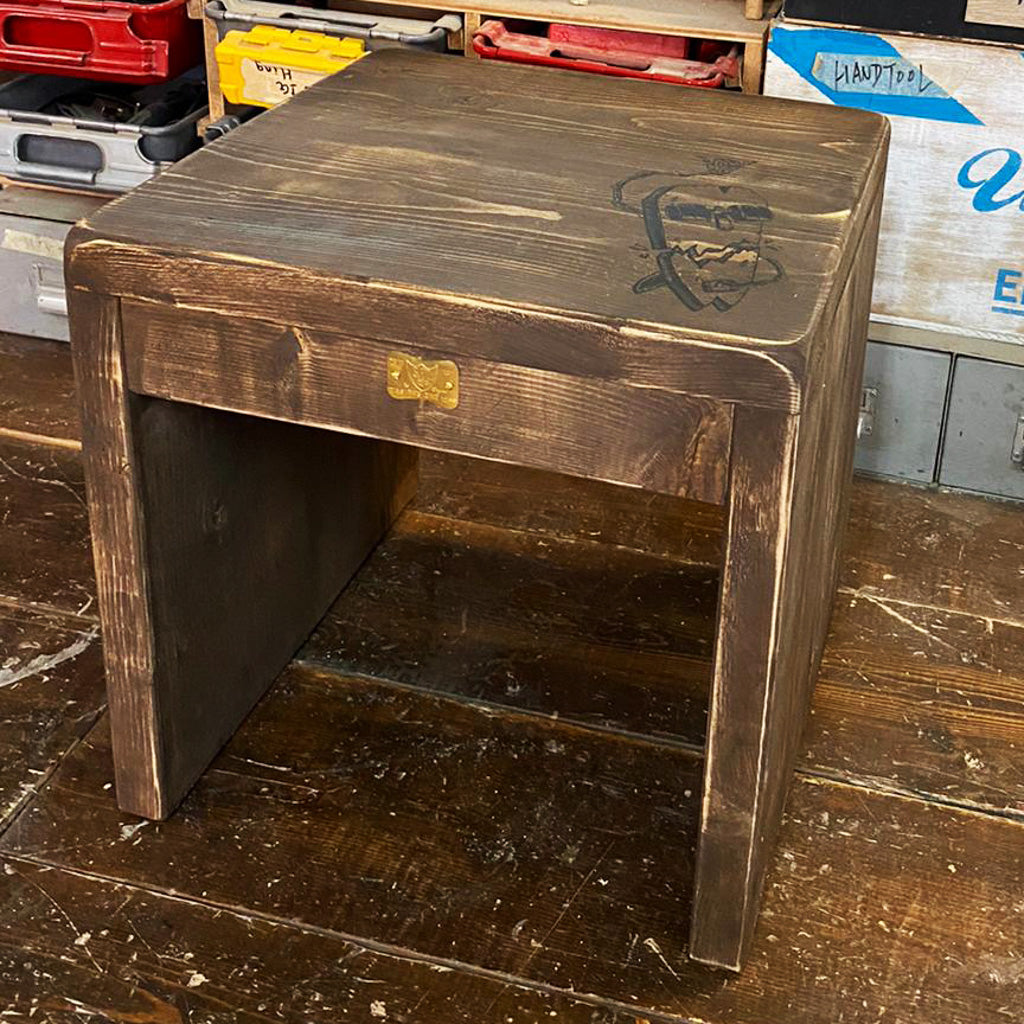 Box Table
