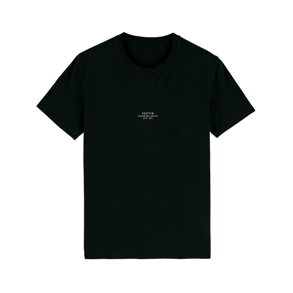 T-Shirt Slogan Split – Black (Decade Special)