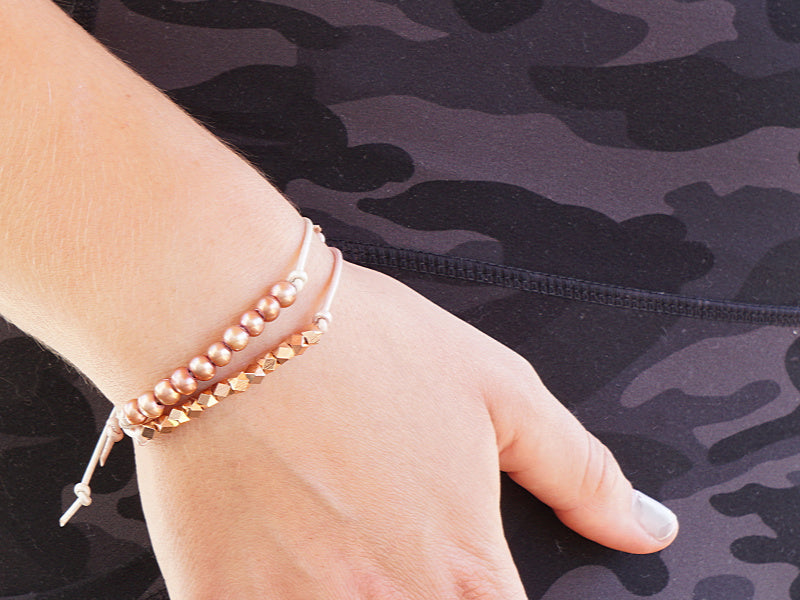 Colored leather bracelets with pearls