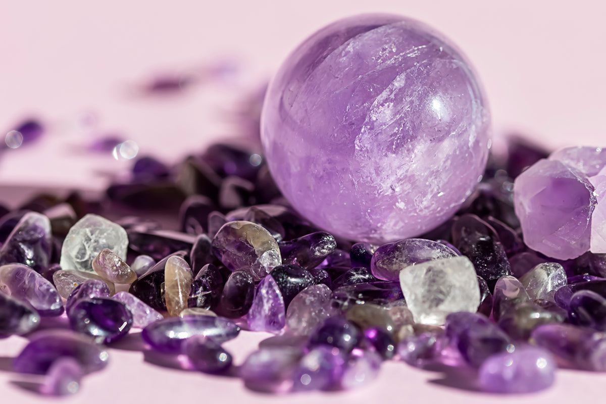 The meaning of amethyst including the benefits and healing properties...