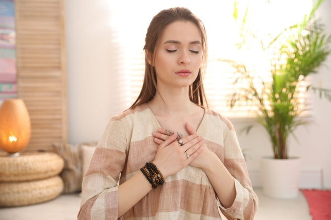 Practising Reiki on yourself for self love healing