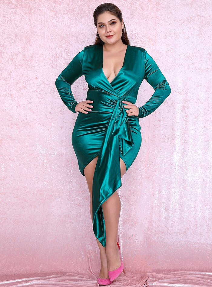 Sexy Green V-Neck Silk Shirring Streamer Plus Size Bodycon Dress