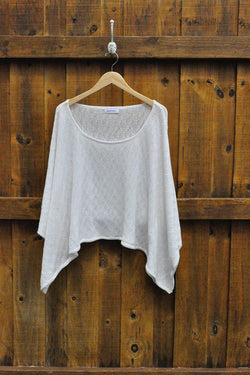 Waves Poncho in White - Good Cloth