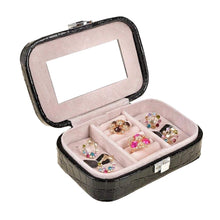 Load image into Gallery viewer, Travel jewelry box
