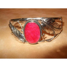 Load image into Gallery viewer, Sterling Silver and Indian Ruby cuff - butlercollection