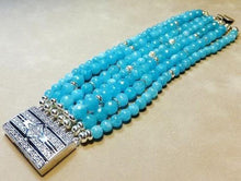 Load image into Gallery viewer, Blue quartz gemstone bracelet