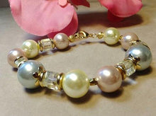 Load image into Gallery viewer, mother of pearl bracelet