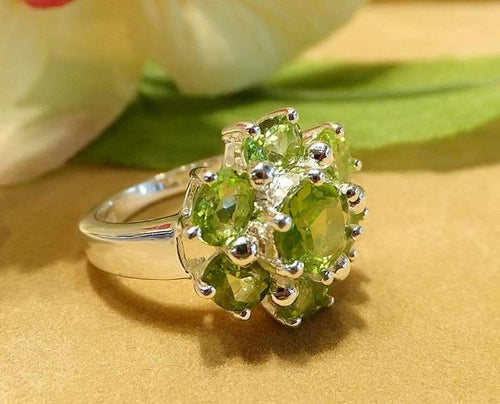 peridot gemstone ring