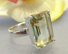 Load image into Gallery viewer, green amethyst ring