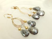 Load image into Gallery viewer, Labradorite and gold earrings
