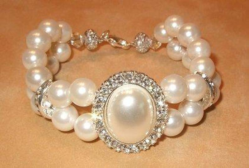 Mother of Pearl and Swarovski Crystal Woven Bracelet - butlercollection