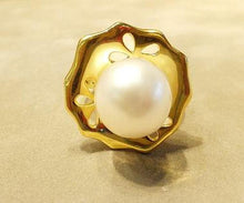 Load image into Gallery viewer, Natural white pearl ring