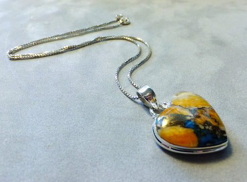 Oyster Turquosie heart necklace