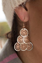 Load image into Gallery viewer, Two tone sterling silver disc drop earrings - butlercollection