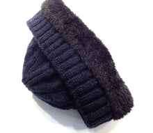 Load image into Gallery viewer, Inside of navy blue winter hat
