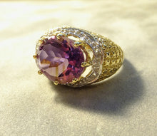 Load image into Gallery viewer, Side View of Amethyst gemstone ring