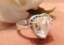 Load image into Gallery viewer, white topaz heart gemstone ring