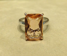 Load image into Gallery viewer, Princess cut morganite ring