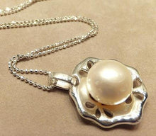 Load image into Gallery viewer, Naturl white pearl necklace