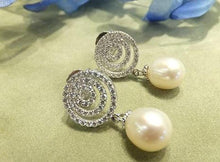 Load image into Gallery viewer, White pearl and white topaz earrings
