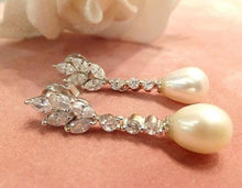 Load image into Gallery viewer, White topaz and drop natural pearl earrings