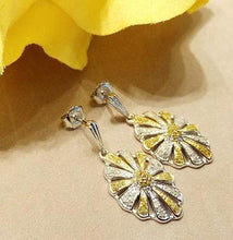 Load image into Gallery viewer, Yellow and white Diamond earrings