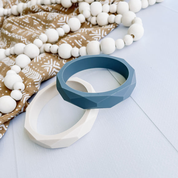 Silicone teething ring - grey