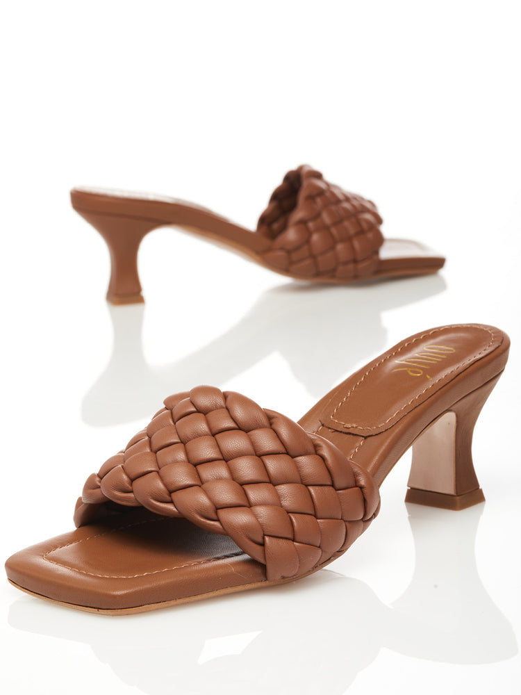 Load image into Gallery viewer, Sandals camel