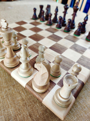Chess set Walnut and Maple