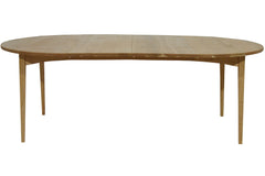 Shaker Dining Table in Cherry
