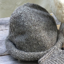 Load image into Gallery viewer, Rolled Toque - Medium Sheep Gray