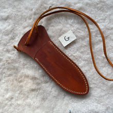 "Load image into Gallery viewer, Leather Knife Sheath ""G-Medium"" color Saddle"