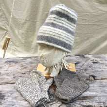 Load image into Gallery viewer, Felted Toque with Mittens and Muffattees