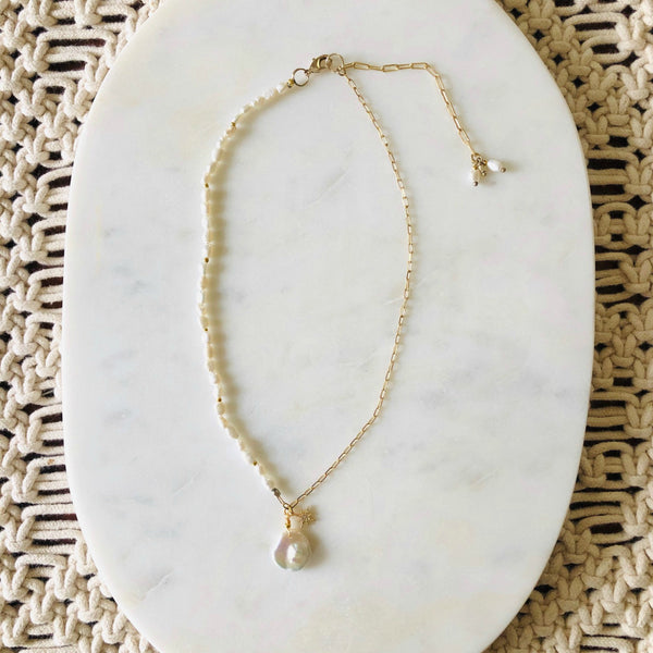 Free Form White Pearl Pendant Necklace