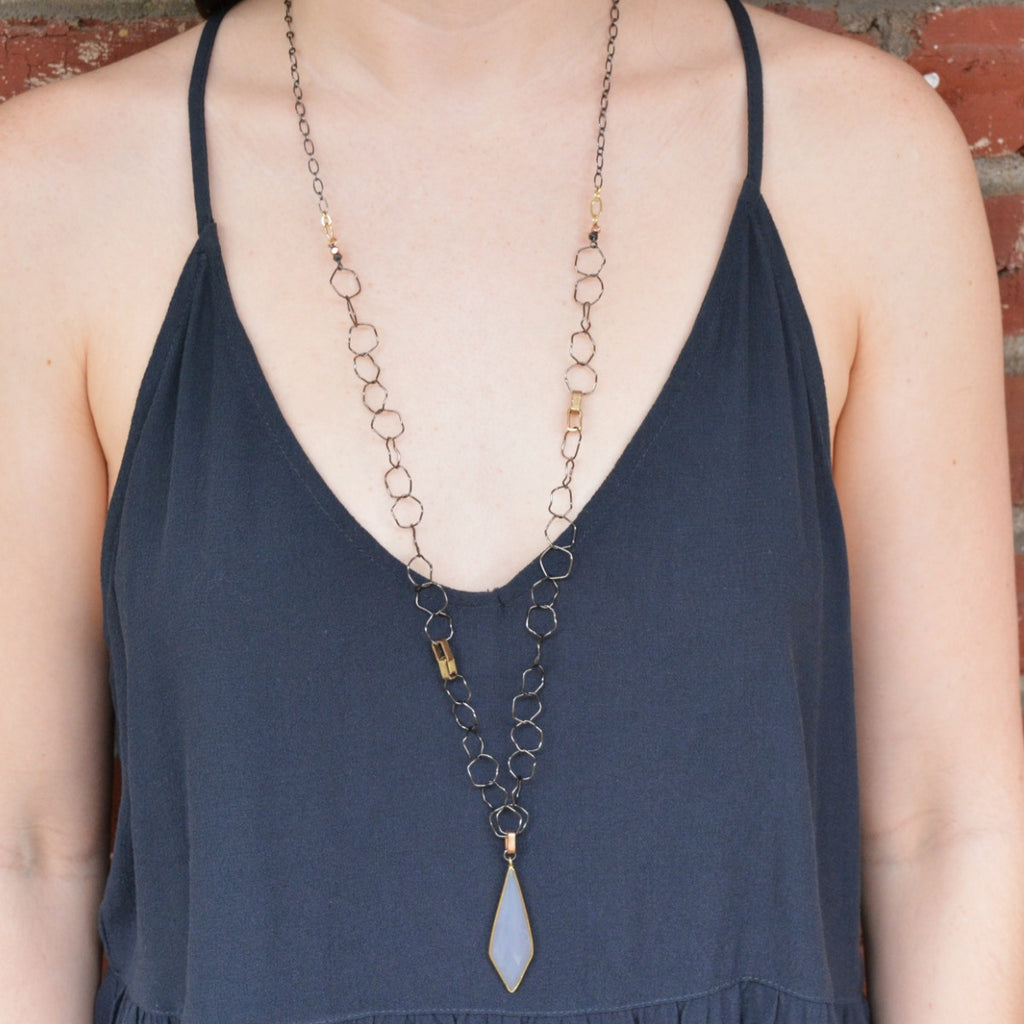 Victoria Necklace - Grey Agate