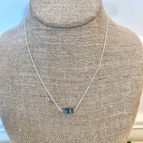 Mia Labradorite Mini Bar Necklace - Silver
