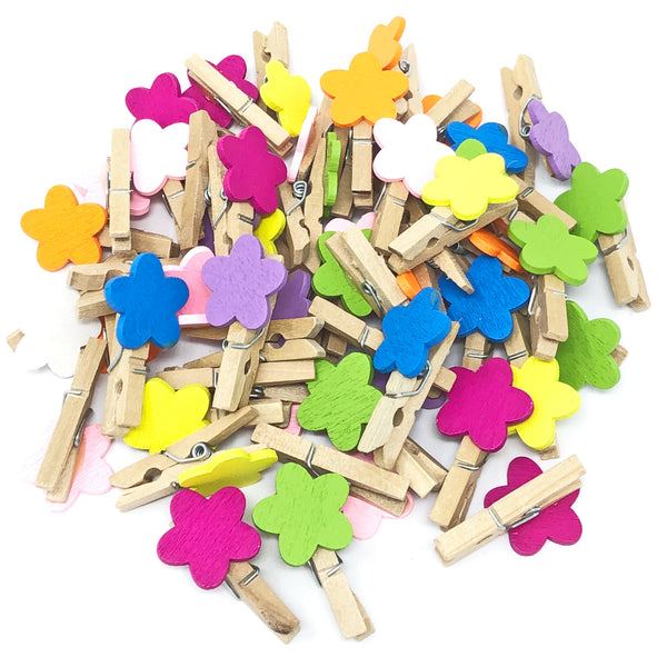 30mm Natural Pegs with 18mm Coloured Wooden Flowers
