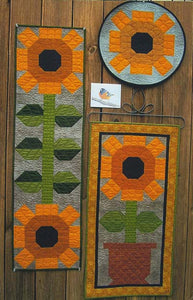 Suzanne's Art House Oriole Sunflower Quilts