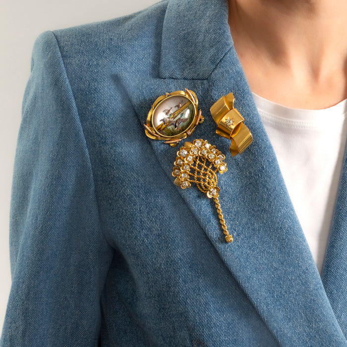 A Modern Approach To The Brooch