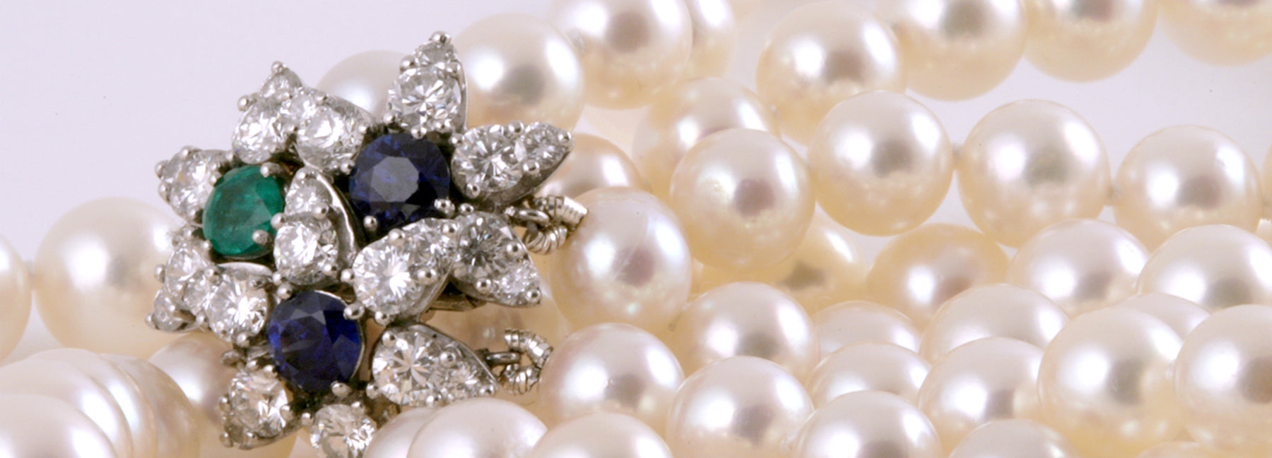 Macklowe Gallery's Definitive Guide To Pearls