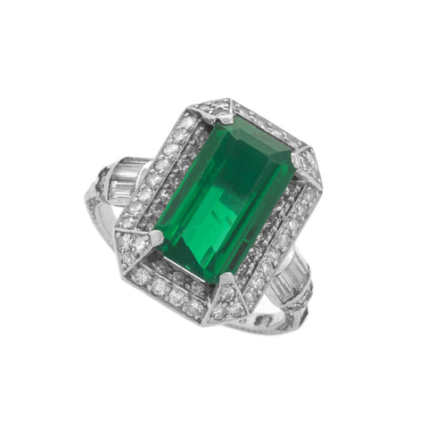 Macklowe Gallery's Art Deco Colombian Emerald and Diamond Ring