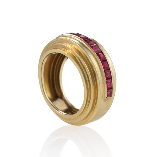 Macklowe Gallery Van Cleef & Arpels Stepped Gold and Ruby Ring