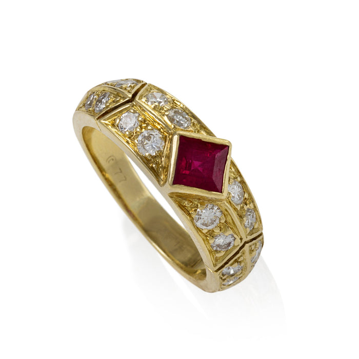 Macklowe Gallery Van Cleef & Arpels Ruby and Diamond Ring