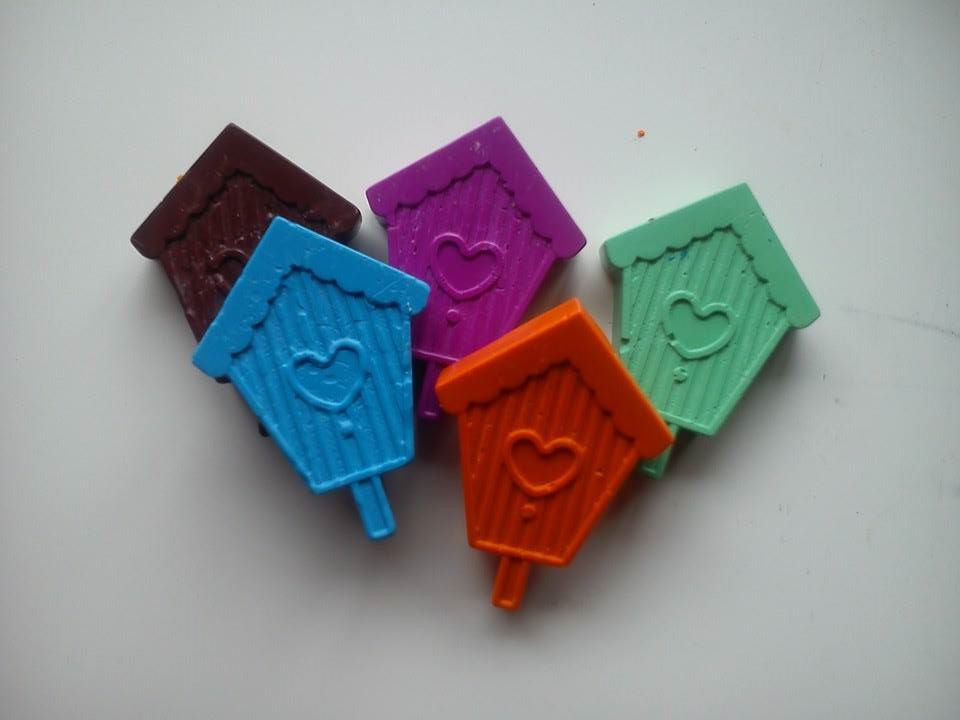 Birdhouse Funky Crayons