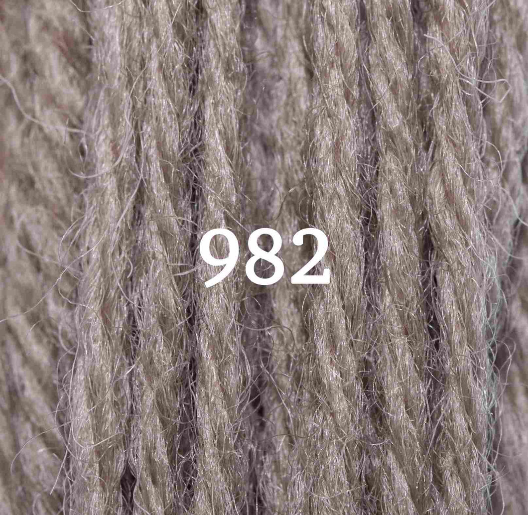 Appletons Tapestry Wool 10m Skein - Shade 982